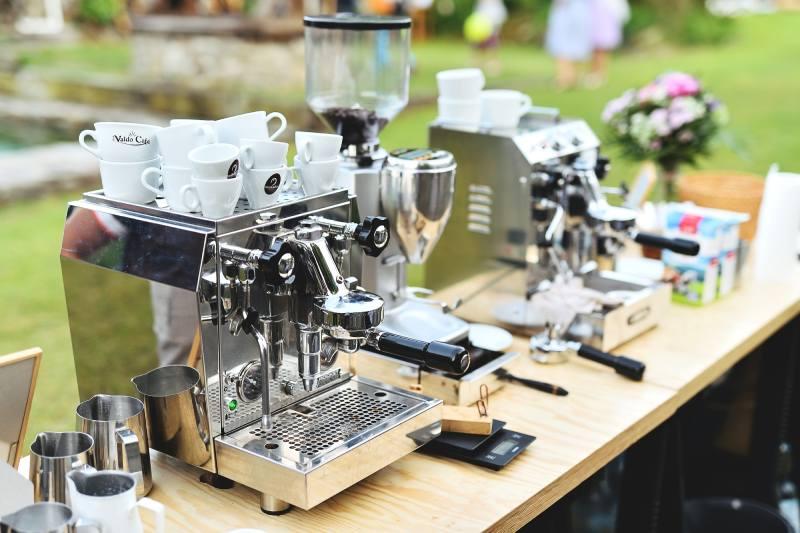 Kávový servis pro svatbu na statku Vletice